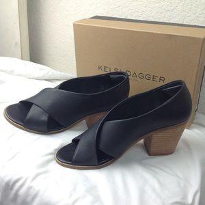 NWT Anthropologie Kelsi Dagger Black sandal sz9